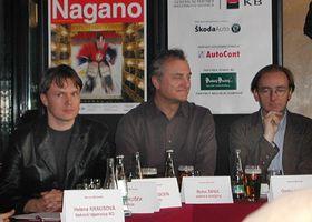 Oper Nagano - Pressekonferenz, ganz rechts sitzt der Regisseur Ondrej Havelka (Foto: Radio Prag)