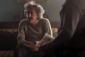 Geoffrey Rush als Albert Einstein (Foto: Archiv National Geographic)