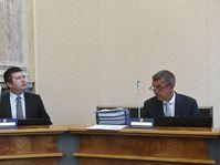 Jan Hamáček y Andrej Babiš, foto: ČTK/Kamaryt Michal