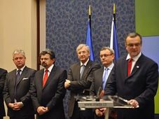 Michal Mejstřík, Miroslav Zámečník, Jiří Weigl, Jiří Kunert, Vladimír Dlouhý et Miroslav Kalousek, photo: CTK