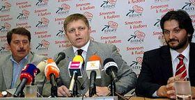 Róbert Fico (uprostřed), foto: ČTK