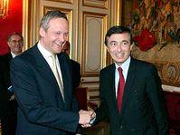 Le ministre tchèque des Affaires étrangères Cyril Svoboda avec son homologue Philippe Douste-Blazy, photo: CTK