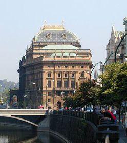 El Teatro Nacional de Praga