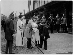 Přivítání císaře Viléma vBenešově na nádraží, foto: Rudolf Bruner-Dvořák, Archiv MuDr. Břetislava Šmída