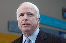 John McCain, foto: Jim Greenhill, Wikimedia CC BY 2.0
