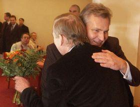 Alexander Kwasniewski y Vaclav Havel (Foto: CTK)