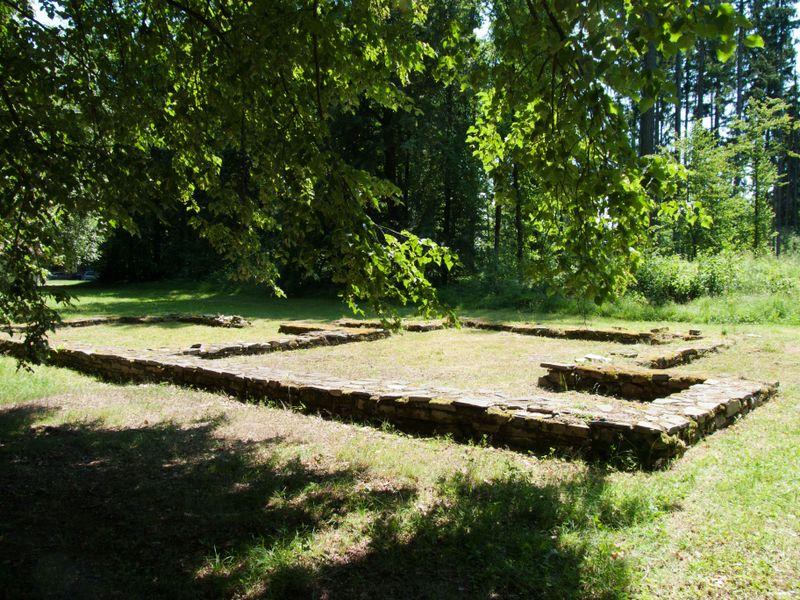 Les fondations du manoir de Jan Žižka à Trocnov, photo: Jitka Erbenová, CC BY-SA 3.0