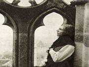 Podle pověsti byl roku 1920 natočen němý film Stavitel chrámu
