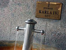 K nejznámější domácím minerálkám patří prameny v Karlových Varech, foto: Barbora Němcová