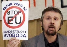František Červenka, koordinátor sdružení Občané proti EU, Foto: ČTK