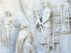 Reliéf ke Grillparzerově hře Krále Otakara štěstí a konec, foto: Andreas Praefcke, Wikimedia Commons, CC BY 3.0