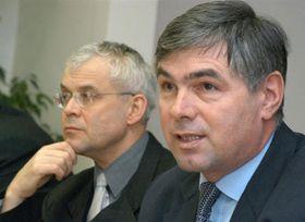 Премьер-министр Владимир Шпидла и министр земледелия Палас, фото: ЧТК