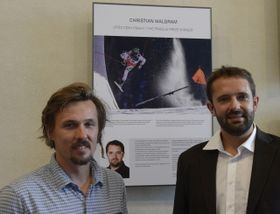 Ondřej Bank (a la izquierda) y la imagen ganadora en la categoría deportiva, foto: ČTK