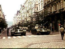 Août 1968, photo: Leszek Sawicki