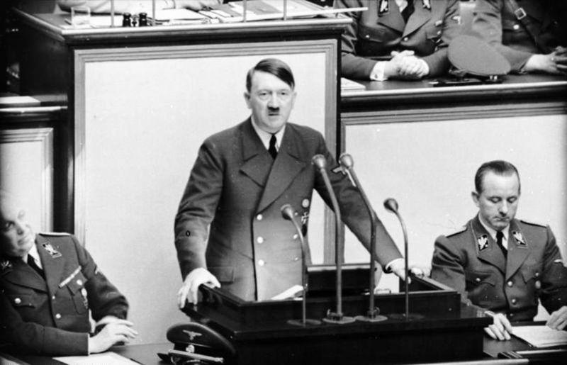 Adolf Hitler, foto: Bundesarchiv, Bild 101I-808-1238-05 / CC-BY-SA 3.0