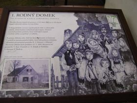 Informační tabule u Erbenova rodného domu