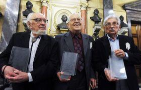 Zdenek Slouka, Vítězslav Houška et Ludvík Vaculík, photo: CTK
