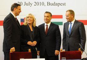 Treffen der vier Visegrád-Länder: Petr Nečas, Iveta Radičová, Viktor Orbán und Donald Tusk (Foto: ČTK)