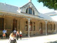 Le lycée Carnot à Dijon, photo: Christophe.Finot, CC BY-SA 2.5 Generic