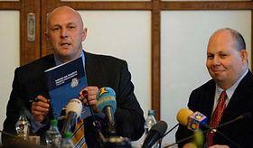 Tomáš Julínek (a la izquierda) y Tomáš Cikrt (Foto: CTK)
