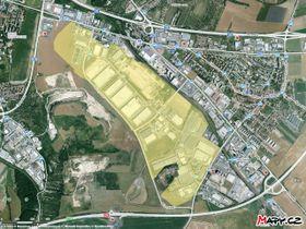 Průmyslová zóna, ilustrační foto: © Seznam.cz, a.s., © TopGis, s.r.o., Wikimedia Commons, CC BY-SA 4.0