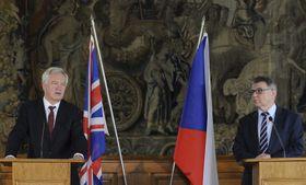 David Davis y Lubomír Zaorálek, foto: ČTK