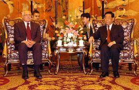 Prezident Václav Klaus vČcheng-tu, hlavním městě provincie S'-čchuan, kde se setkal sgenerálním tajemníkem výboru Komunistické strany Číny Čang Süe-čungem, foto: ČTK
