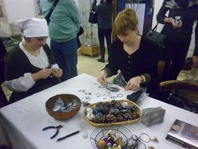 Výstavu drátenictví provází velký zájem, foto: Zdeňka Kuchyňová