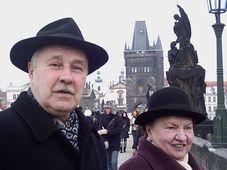Юрий Новиков и Бронислава Кeрбелите в Праге (Фото: Илья Лемешкин)