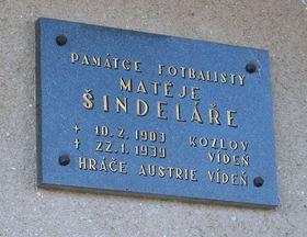 La plaque à la mémoire de Matthias Sindelar à Kozlov, photo: Jirr CC BY-SA 4.0