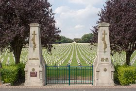 La cimetière de la Targette, photo: Poudou99, CC BY-SA 3.0 Unported