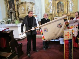 Gottesdienst in der Pfarrkirche St. Martin (Foto: Martina Schneibergová)