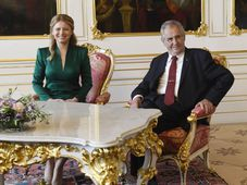 Zuzana Čaputová et Miloš Zeman, photo: ČTK/Michal Krumphanzl