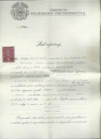 Výuční list Milady Hrbkové, foto: Archiv Jany Preislerové