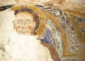 Photo: H.Dennis, Institute for Archaeological Heritage / Site officel de Kultura na Hradě