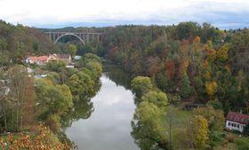 'Bechyne Rainbow' and the river Luznice