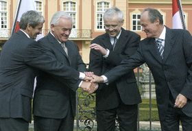 Prime Ministers of V4 met at a chateau outside Prague, photo: CTK