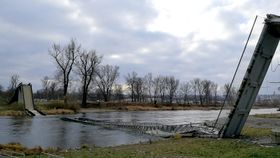 El destrozado puente de Troja, foto: Štěpánka Budková