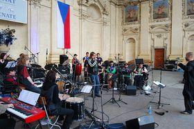 Tap Tap orchestra, photo: Dan Suchánek & Barbora Tůmová / official website of the band