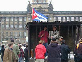 Protesta contra la violación de los DD.HH. en Cuba en la Plaza Venceslao