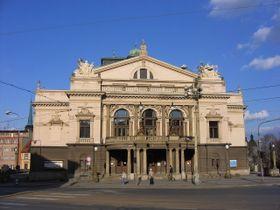 Le théâtre J. K. Tyl de Plzeň, photo: Norbert Aepli, CC BY 2.5