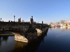 Vltava u Karlova mostu v Praze, foto: Ondřej Tomšů