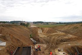 Construction of the D4 highway between Prague and Písek, photo: Chmee2, CC BY-SA 3.0 Unported