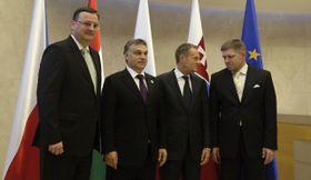 Премьер-министры стран Вышеградской четверки на саммите ЕС. Слева: Петр Нечас, Виктор Орбан, Дональд Туски и Роберт Фицо (Фото: ЧТК)