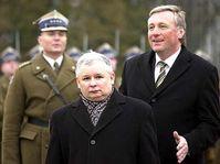 Les Premiers ministres tchèque et polonais Mirek Topolanek et Jaroslaw Kaczynski, photo: CTK
