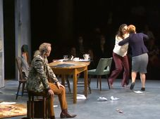 'Society of Owners' in Och-Teatr, Warsaw, photo: Czech Television