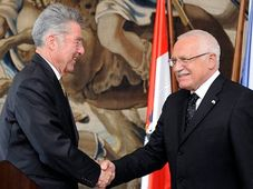 Rakouský prezident Heinz Fischer (vlevo) a Václav Klaus, foto: ČTK