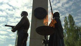 Вечный огонь, Ольшанское кладбище, Фото: ЧТ24