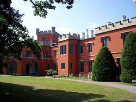 Schloss bei Nechanice (Foto: Boris7, Public Domain)