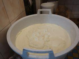 V koláči je více tvarohu než těsta, foto: Zdeňka Kuchyňová